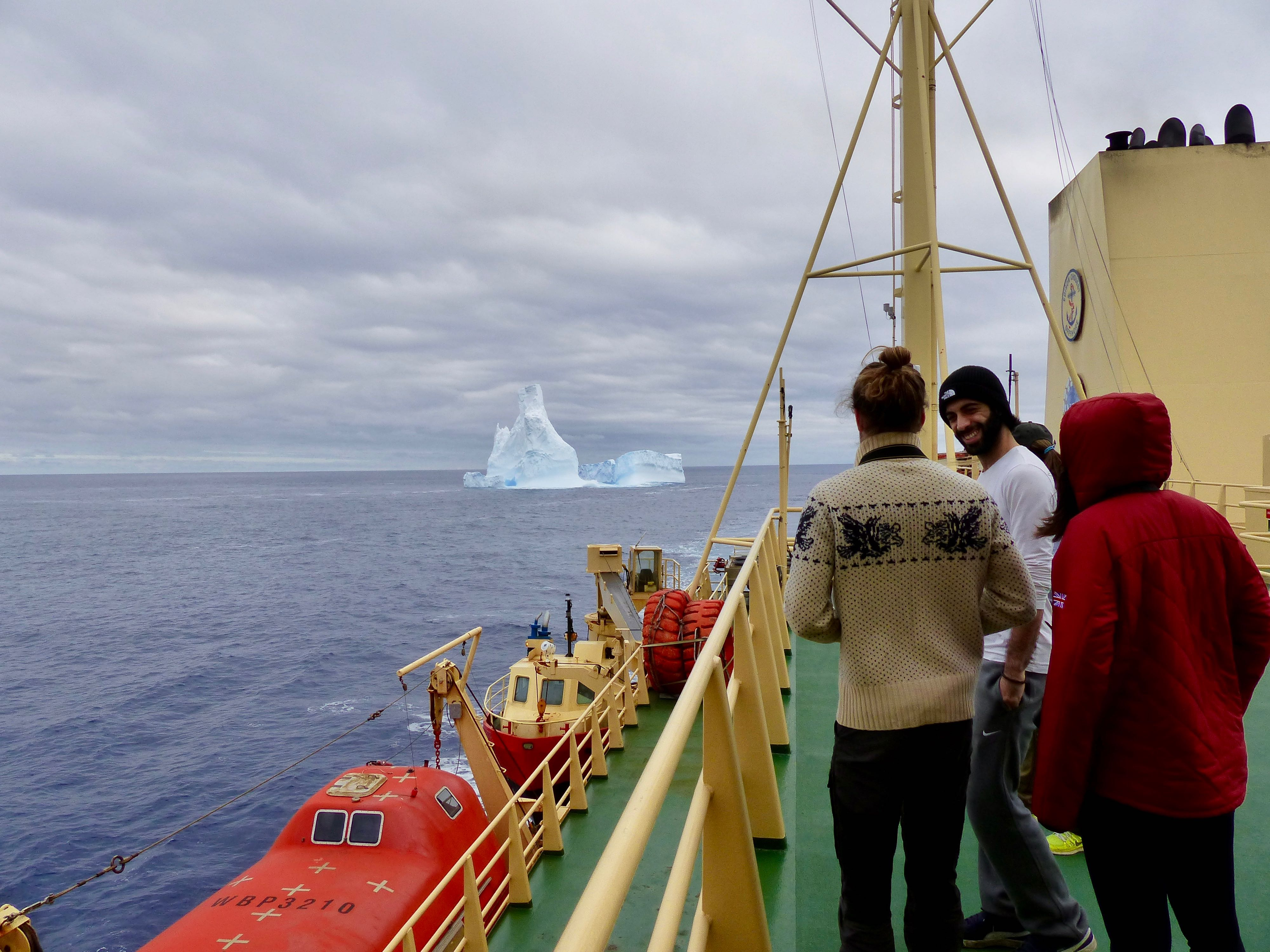 The iceberg as viewed with the R/V Palmer in the foreground.
