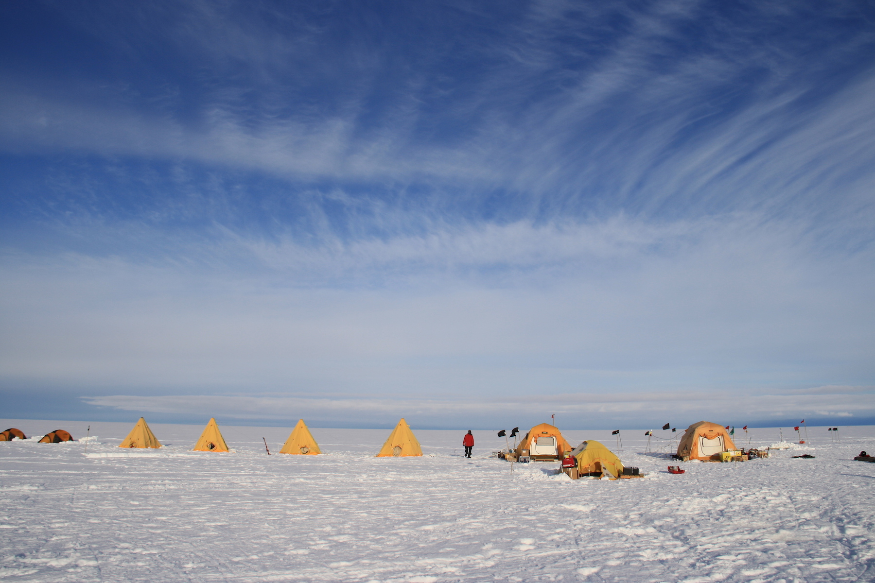 Cavity Camp on Thwaites Glacier. Photo credit: Ted Scambos